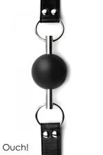 Solid Ball Gag - Black : Bâillon boule noir de grande qualité et original avec sa balle en caoutchouc traversée par une tige en métal.